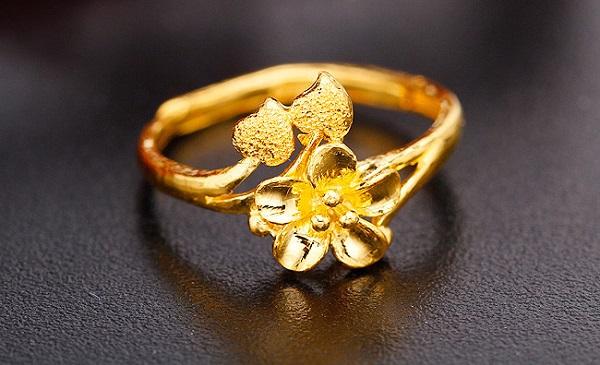2018最新黄金结婚戒指款式图片图片