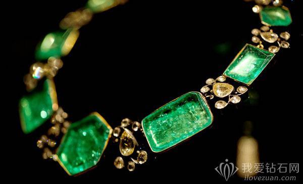 Al Thani 的藏品自2014年开启全球巡展