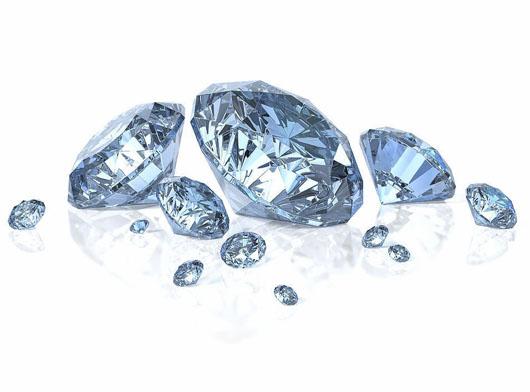 钻石,宝石,铂金等珠宝贵金属价格不断上涨,赶紧入手买