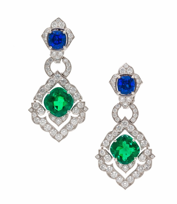 9月11日,Leslie Hindman「Important Jewels」珠宝秋拍将在芝加哥举行。本场估价最高的拍品是一颗重6.4ct的克什米尔蓝宝石,同样值得关注的单品还包括蒂芙尼 Tiffany 的海蓝宝石项链、Cartier 的祖母绿耳坠,以及乔治亚时期至装饰艺术运动时期的古董作品。 本次焦点拍品是一颗枕形切割的克什米尔蓝宝石,重6.
