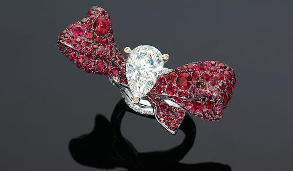 高级珠宝设计师赵心琦黄钻胸针以870万港币成交